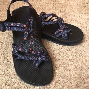Women's Chaco Z/Cloud X2 Sandals.  Size 8.